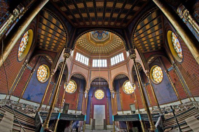 A zsinagóga belső tere (Fotó: Bódis Krisztián/WeLoveBudapest)