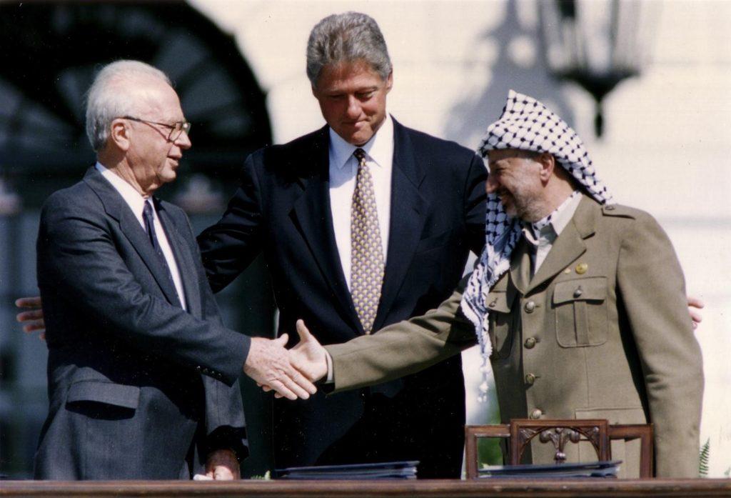 Egy kézfogás miatt döntötte el a tel-avivi joghallgató, hogy megöli Jichák Rabint