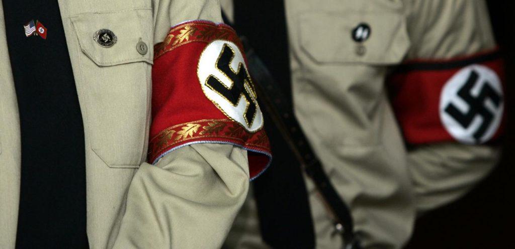Visszavonult az egyik legnépszerűbb neonáci blogger, miután kiderült, hogy zsidó a felesége