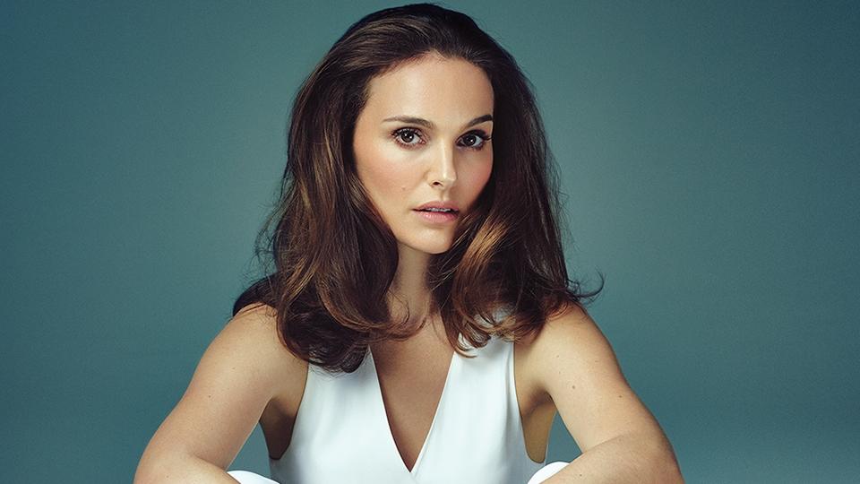 Natalie Portman héberül tanít káromkodni