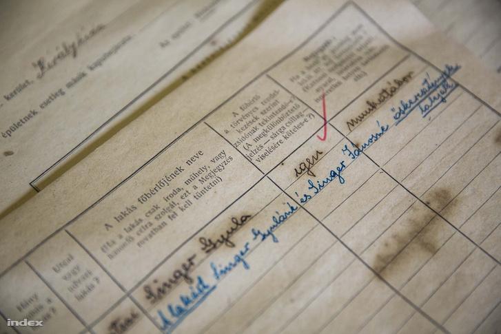 Felkerültek az internetre a házfalba rejtett 1944-es adatszolgáltatási ívek