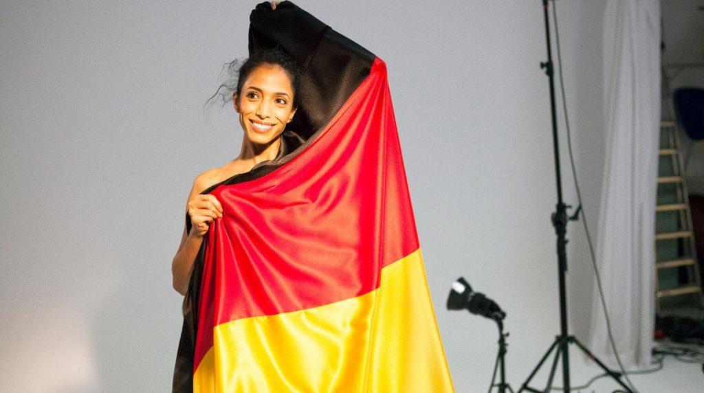 Egy afgán menekült lett Németország új arca