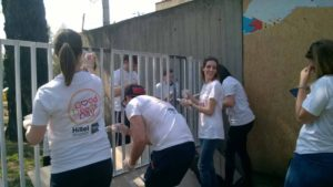 A Heim Pál Gyermekkorháznál jótékonykodtak a zsidó diákszervezet önkéntesei