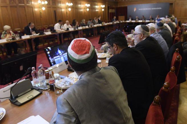 A Zsidó Közösségi Kerekasztal ülése Budapesten (Fotó: Kovács Tamás/MTI)