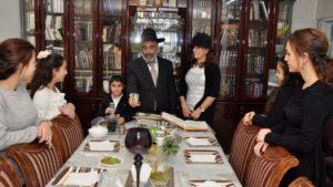Államilag finanszírozott programokkal terelnék vissza a valláshoz a világi zsidókat Izraelben