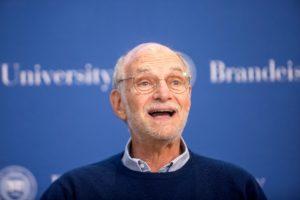 A zsidó kántor fia, aki idén orvosi Nobel-díjat kapott