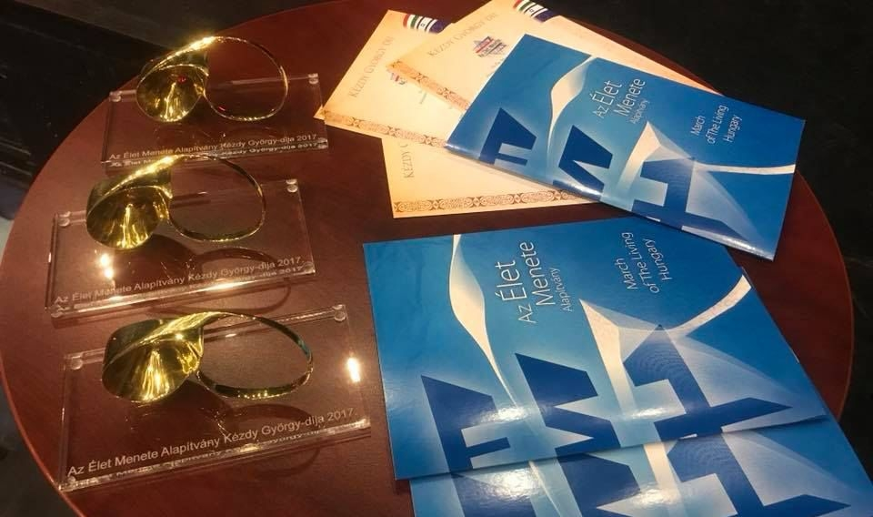 Egy főrabbi, egy tanárnő és családsegítők kapták meg az Élet Menete Alapítvány idei díjait