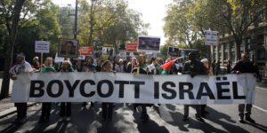 Izrael kitiltja a bojkottáló mozgalmak tagjait