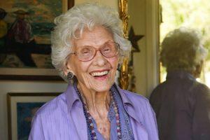 Meghalt Hollywood legidősebb színésznője