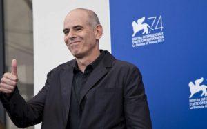 Orvosi marihuána segíti feldolgozni háborús élményeit a díjnyertes izraeli rendezőnek