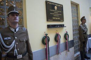 Emléktáblát avattak az 1848-49-es szabadságharcban szolgáló zsidó katonaorvosok tiszteletére