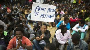 Izraelben elhalasztották az afrikai menedékkérők kényszerkitelepítését