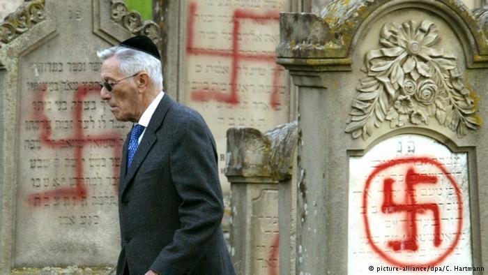 Etnikai tisztogatás folyik a francia zsidók között a radikális iszlámnak köszönhetően