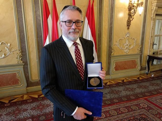 A Tett és Védelem titkára kapta idén a Scheiber Sándor-díjat