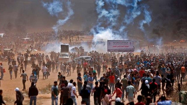 Gikszer a jeruzsálemi követség avatáson, háborús állapotok a gázai határon