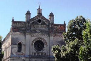 Felújítják az évtizedek óta romos szenci zsinagógát!