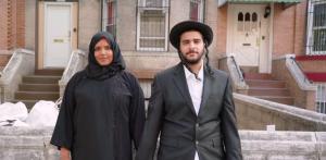 A magyarok szívesebben látnának zsidó párt gyerekeiknek, mint muszlimot vagy feketét