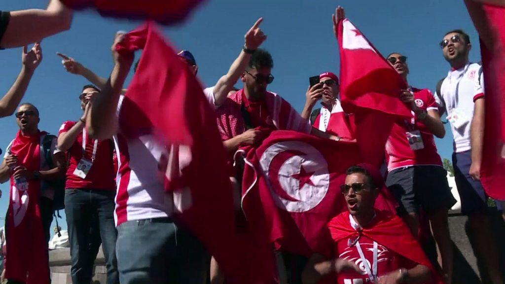 Belga szurkolók menekítették ki az izraelieket a feldühödött tunéziai drukkerek elől