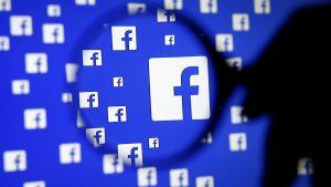 Izrael-ellenes és palesztinbarát propagandaoldalakat törölt a Facebook
