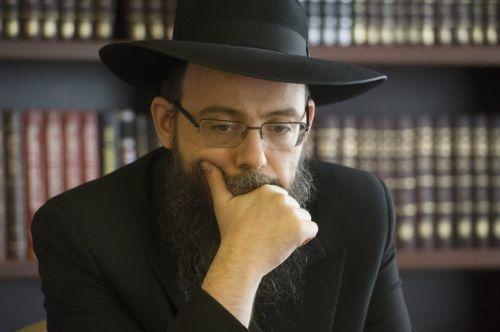 Szabad elidegenedni egy apától? – Oberlander Báruch rabbi előadása