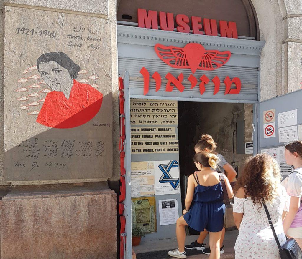 Többfrontos küzdelem zajlik a Wesselényi utcai álmúzeum bezáratásának érdekében