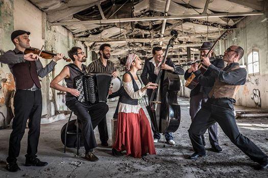 Barcelona Gipsy balKan Orchestra – Budapest