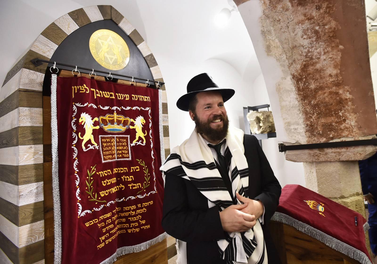 Messiás vs. álmessiások a judaizmusban –Faith Asher rabbi előadása a Budavári zsinagógában