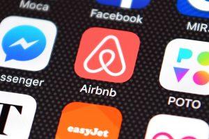 Az Airbnb eltávolítja a ciszjordániai zsidó településeken kínált szállásokat