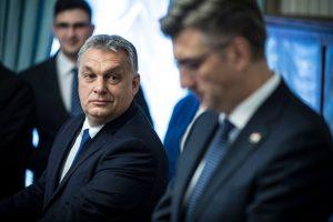 Orbán szerint a sajtószabadság korlátozása lenne, ha elítélné a Figyelő címlapját