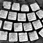 A holokauszt áldozataira emlékező botlatóköveket loptak el Rómában