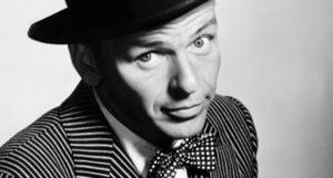 Több mint 2,5 millió forintot ért Frank Sinatra kipája