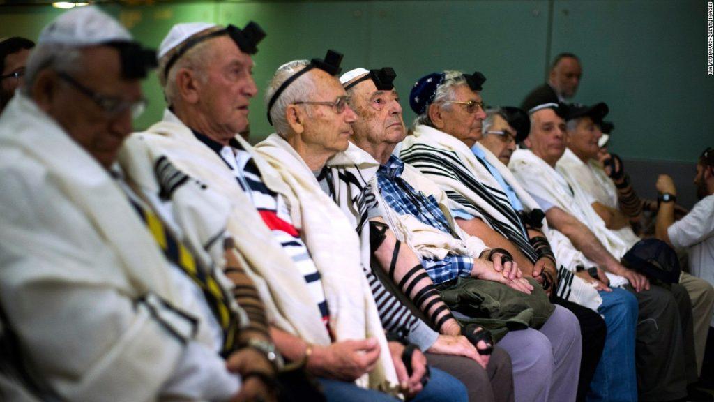 Már csak 212 ezer holokauszt túlélő van Izraelben