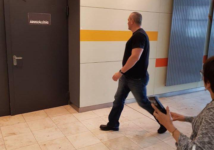 TEV: A bíróság ítélete azt üzeni, hogy nyugodtan verd le a zsidók fejéről a kipát
