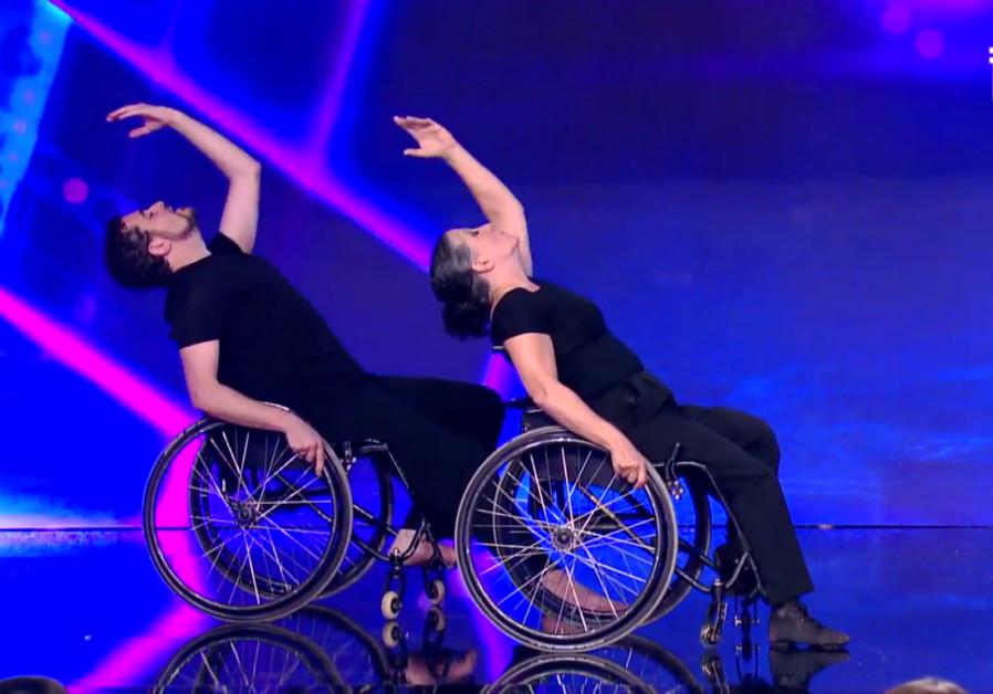 Izraeli kerekesszékes táncosokért őrül meg éppen az internet
