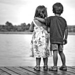Palackpostán ismerkedett meg egy izraeli lány és egy német kisfiú