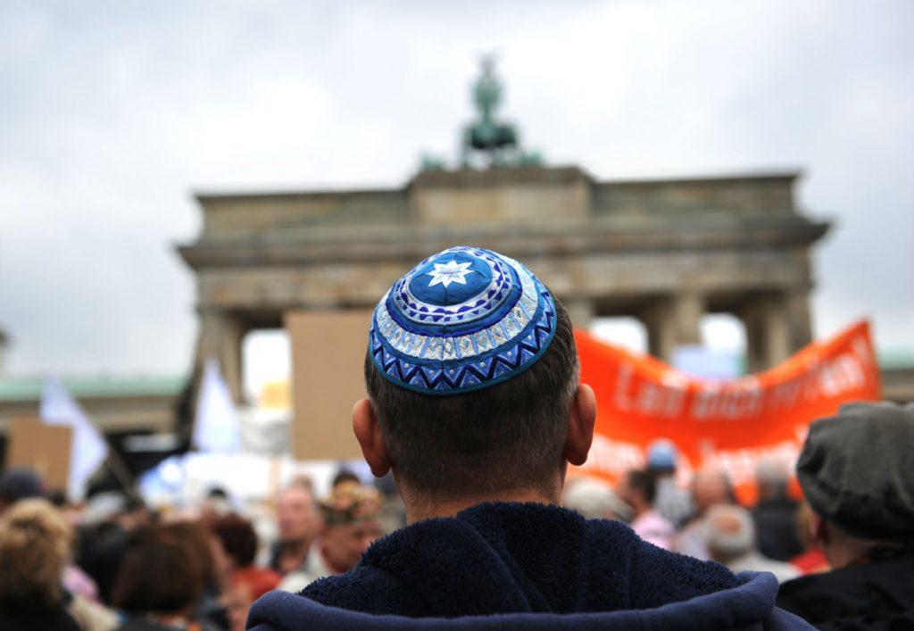"""""""Szégyent hoz Németországra, hogy zsidók ismét a kivándorláson gondolkodnak"""""""