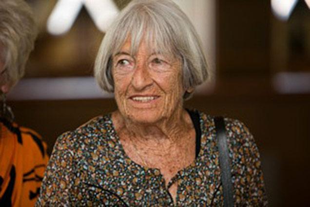 Spárgázott a gyerekek előtt a 98 éves Keleti Ágnes