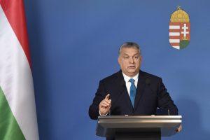 Orbán: Kártékonyak, akik Soros György zsidó származására utalnak