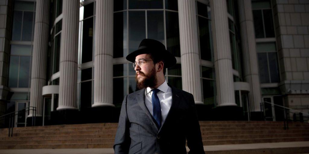 Egy ortodox rabbi felvállalta, hogy gyerekkorában szexuális zaklatás áldozata volt