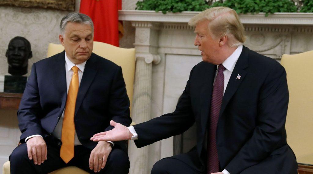 Trump szerint Orbán a kereszténység bátor védelmezője
