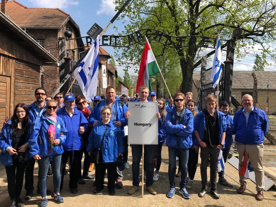 Rekord: 2,3 millió ember látogatott el Auschwitz-ba 2019-ben