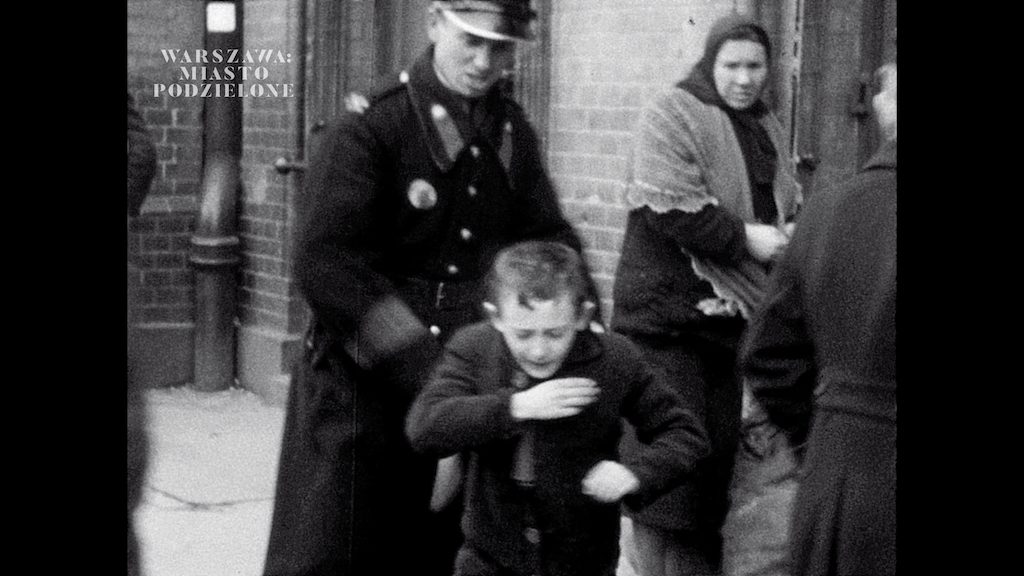 A varsói gettóról titokban készült felvételeket mutattak be egy új dokumentumfilmben