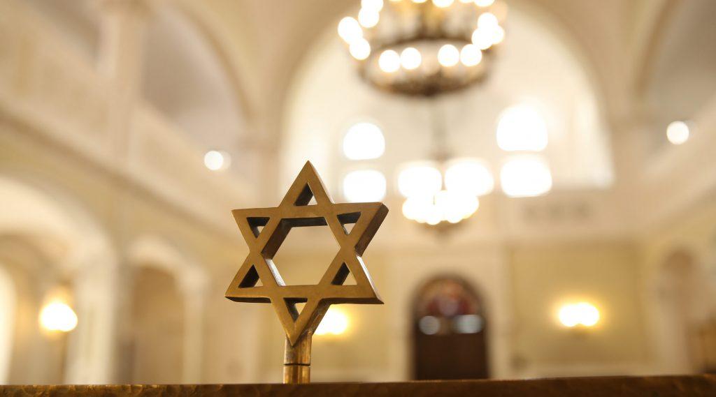 Franciaország visszaadja a nácik által ellopott kincseket a zsidóknak