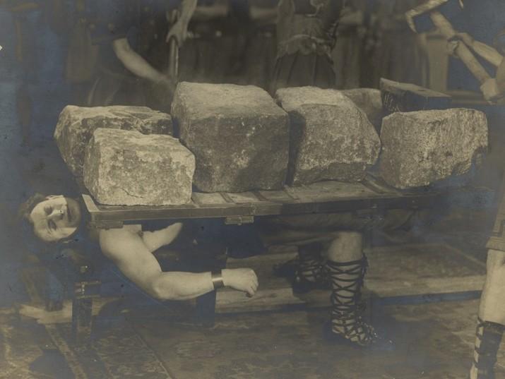 A zsidó cirkusz-király, aki puszta kézzel hajlította meg a vasat