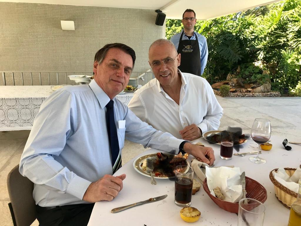 Megpróbálták kiretusálni, hogy Izrael brazíliai nagykövete nem kóser ételt fogyaszt
