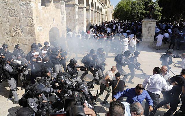 Zavargásokba torkollt a muszlim ünnep és a zsidó gyásznap a jeruzsálemi Templom-hegyen
