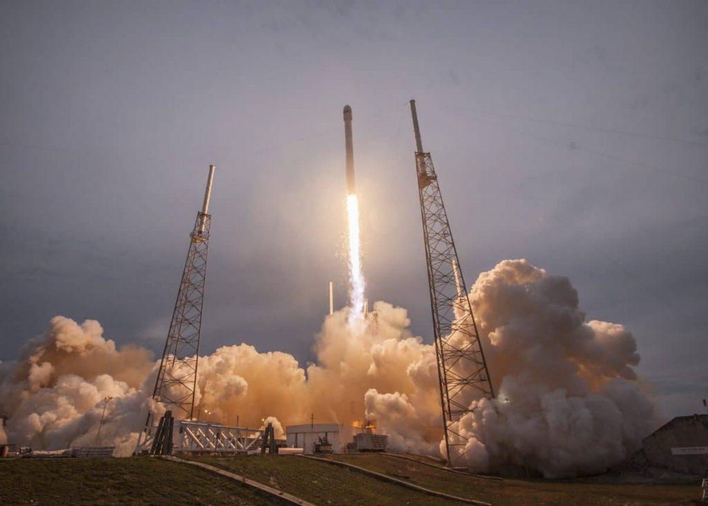 A Spacex sikeresen pályára állította az izraeli Amos-17 szatelitet