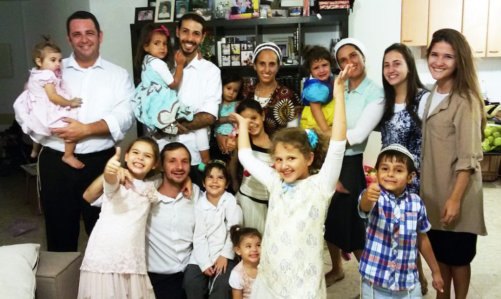 Sok gyerek, sok munka: anyák az izraeli munkaerőpiacon