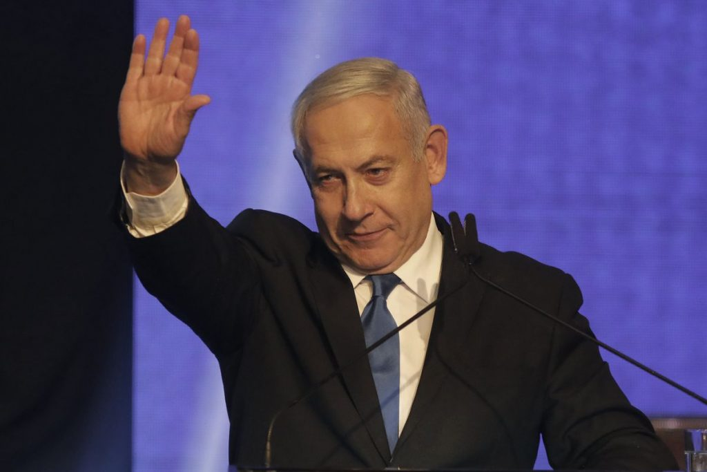 Egy törvényjavaslattal golyózná ki Netanjahut az ellenzék a hatalomból