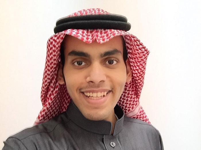 Héberül énekelve üzent ros hásáná alkalmából egy szaúdi blogger